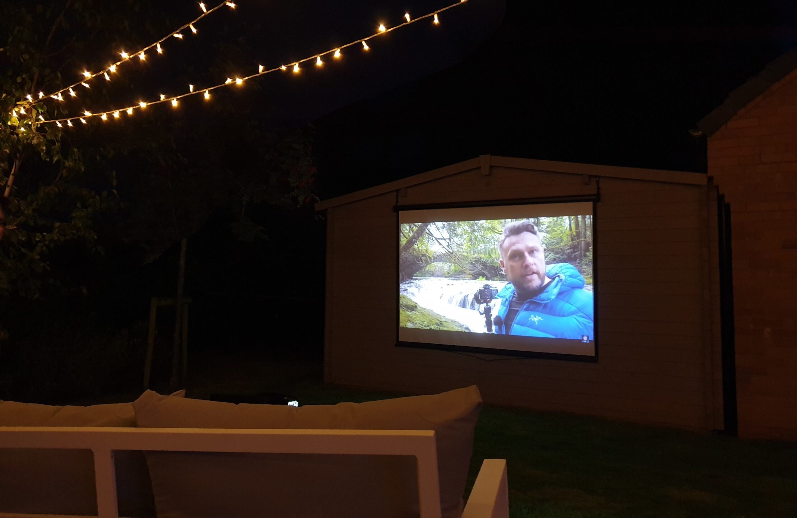 Outdoor Cinema Hire Southampton Exeter - Projector and Screen Rental